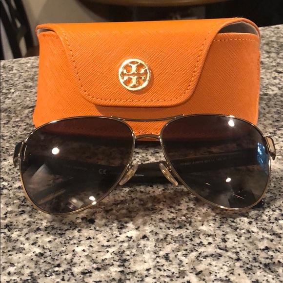 2eb3f6d646b4 Tory Burch Accessories   Authentic Polarized Sunglasses   Poshmark